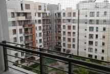 montaż siatek na balkonie